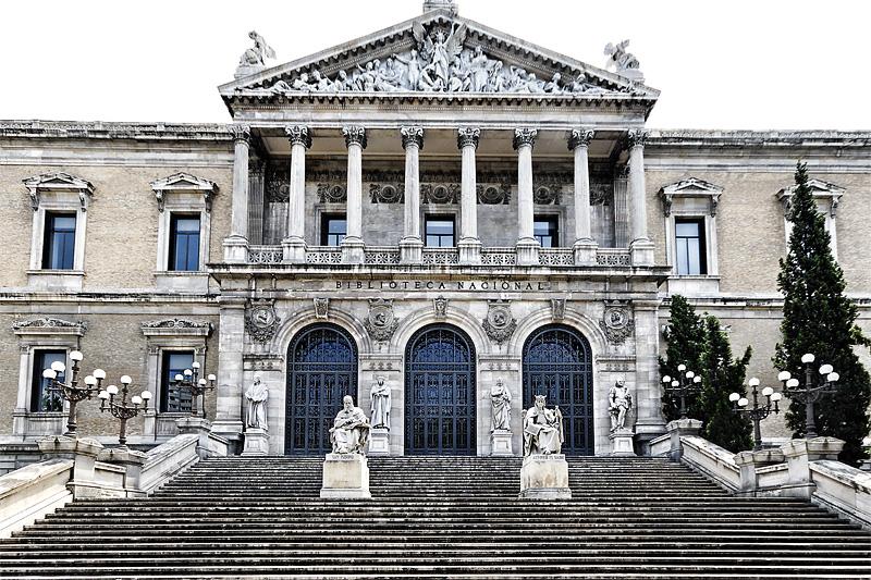 Paseando por el arte visita guiada biblioteca nacional for Biblioteca de la uned madrid